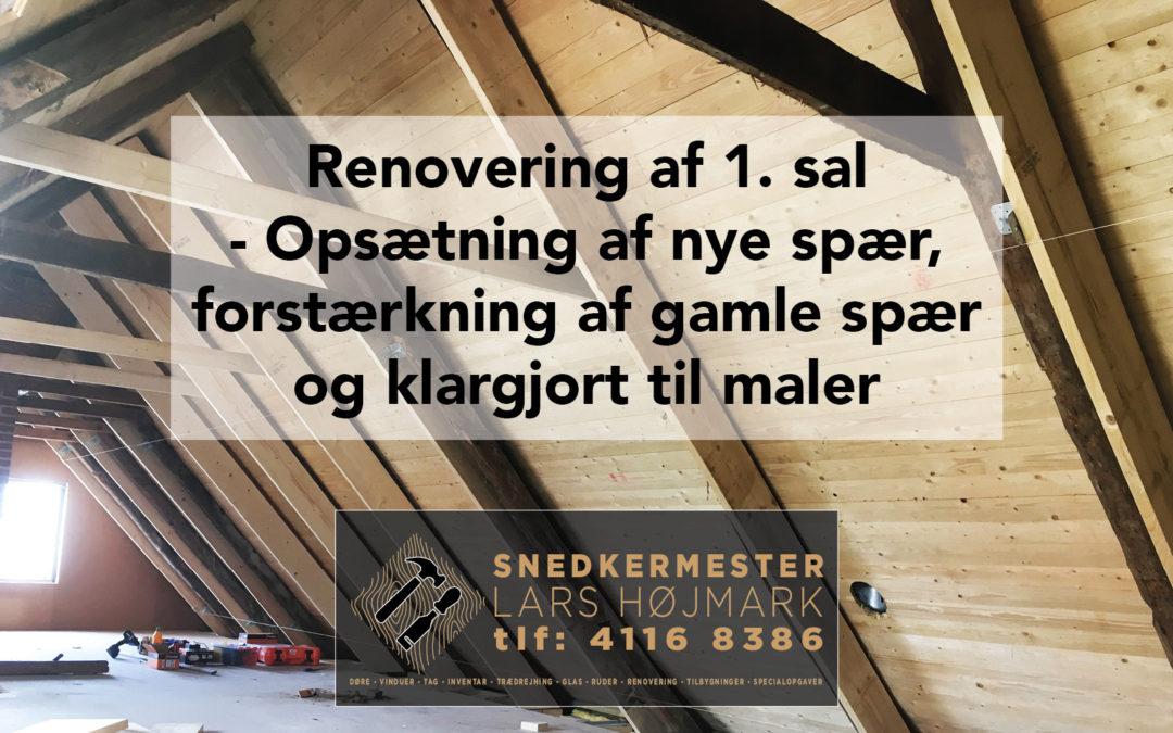 Træloft på første sal med damspærre og nye spær